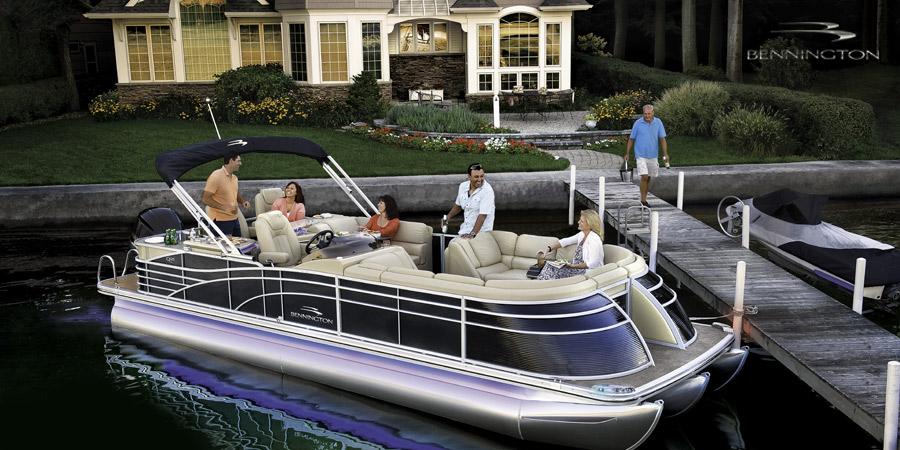 Bennington Ponotoon boats for sale on Lake Hartwell Georgia
