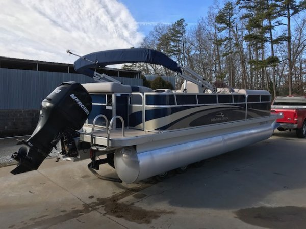 A 2275GLI is a Power and could be classed as a Pontoon,  or, just an overall Great Boat!